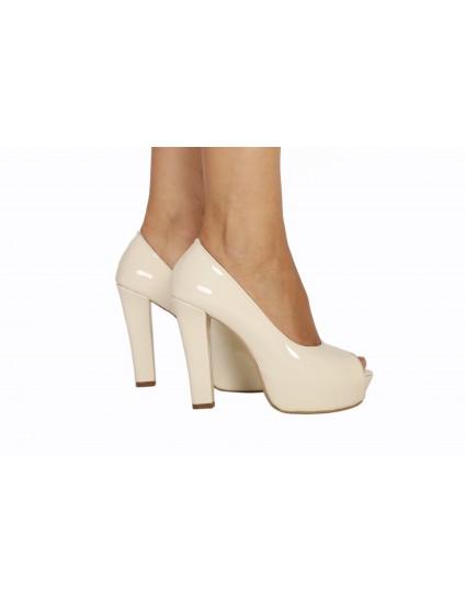 Pantofi Pety decupati piele lacuita, orice culoare